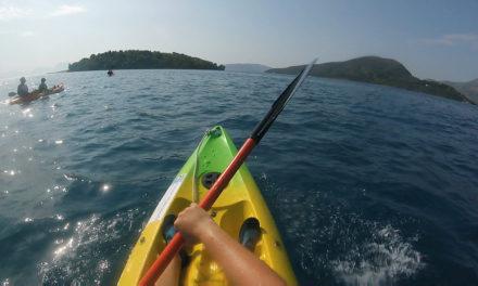 Idyllic kayaking – Greek style!