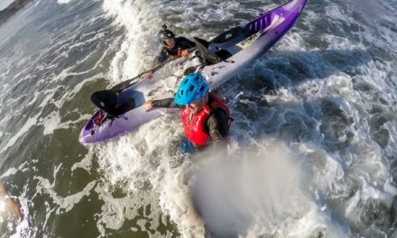 Double trouble – tandem kayak surfing dos and don'ts
