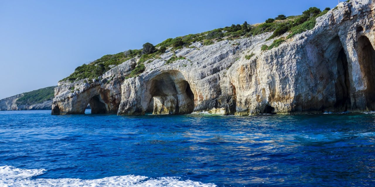Sitting it out in Zante – Kayaking in Zakynthos