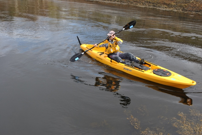 Top five essential paddle strokes for sit on top kayakers 40