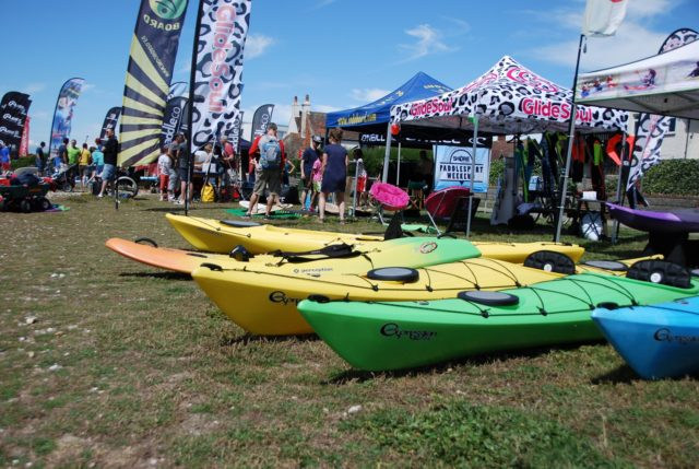 Why go to kayaking demo days?