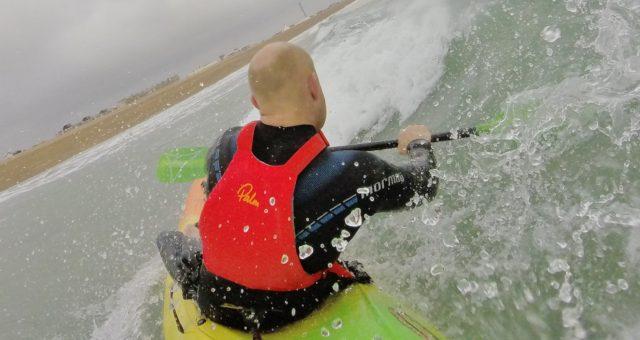 using kayak thigh straps in surf