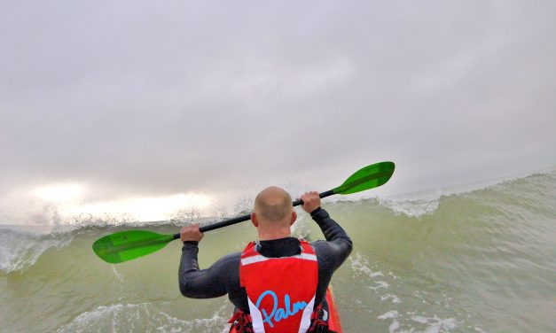 Dagger Kaos Molten 10.2 kayak review part 2 – wave performance